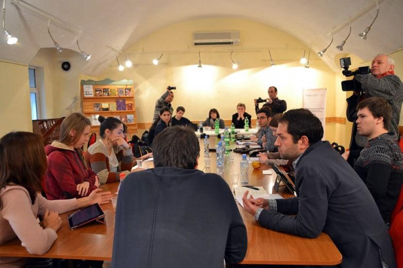 Грузинские и российские журналисты отмечают потепление в отношениях между странами